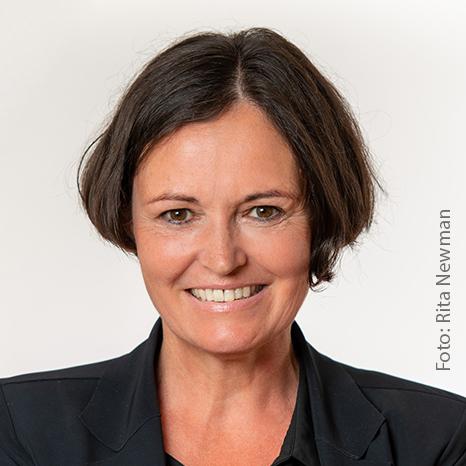 FH-Prof. Mag. Dr. Rosa von Suess